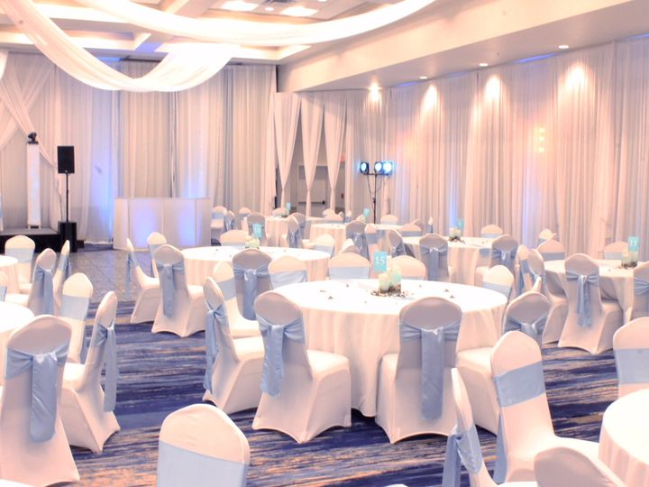 Tmx Majestic Drapped 51 100444 Saint Petersburg, FL wedding venue