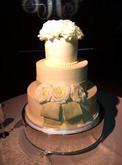 wolfe gourmet cakes wedding cake nashville tn weddingwire. Black Bedroom Furniture Sets. Home Design Ideas