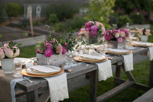 Rustic & Elegant Tablescape
