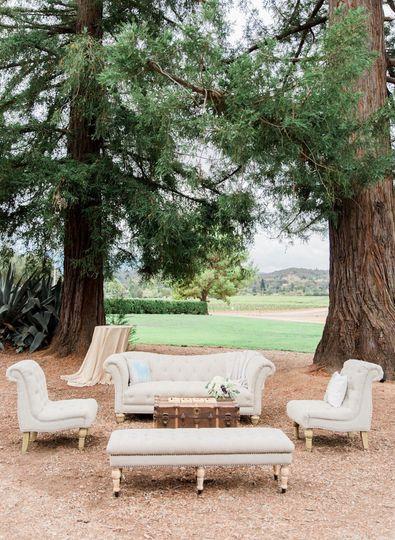 Cream lounge set