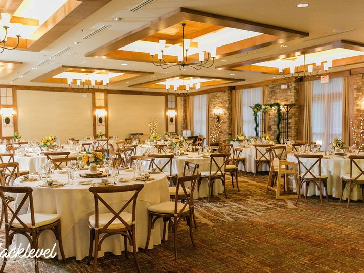 Tmx Jenaadam 6 51 10544 1565368696 Macungie, PA wedding venue