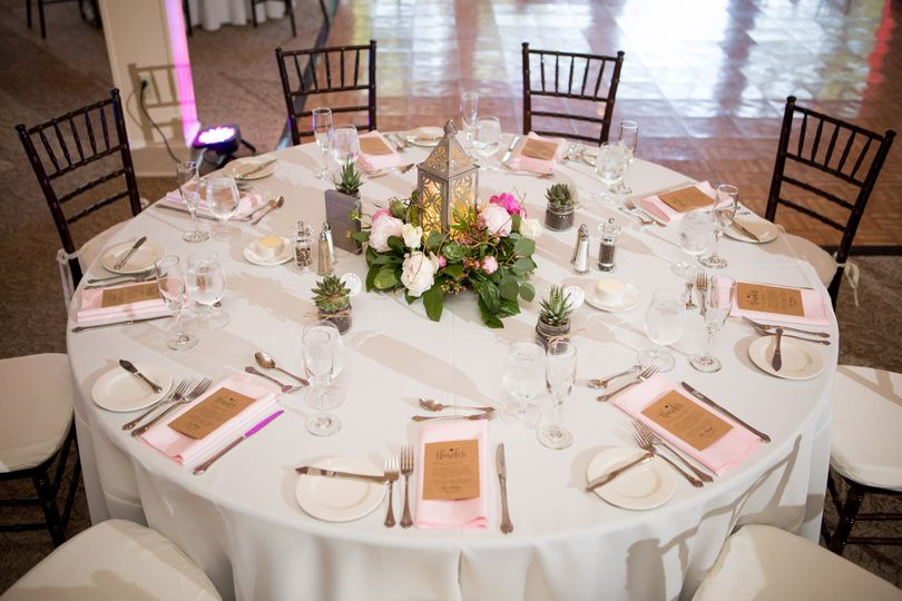 Table arrangement -  delorenzo photography