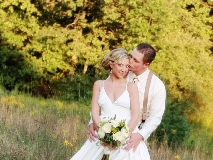 Tmx 1367014655415 Klauder.matlock G Kiss B Head Yellow Field Credit   Brynne Torres Reeders, Pennsylvania wedding venue