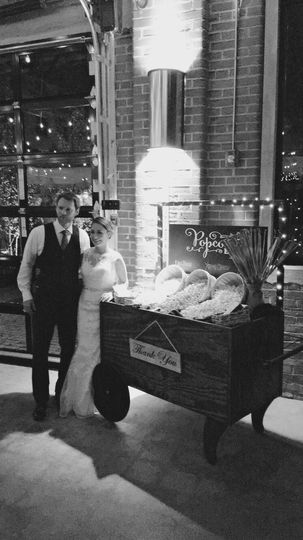Custom Cart for popcorn bar. Can also be used as a beverage cart, desserts, or favors! Has 2 levels...