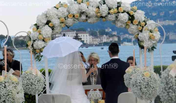 Essenza Eventi® Celebrante Matrimonio Simbolico