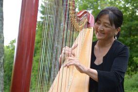 Harpist Judy Saiki