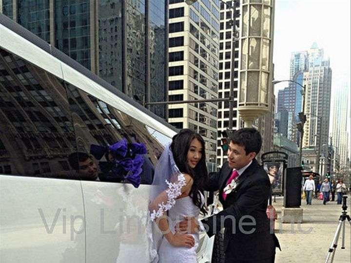 Tmx 1384216717106 6657ca4c0647c5c319bc670de9f4e95fc3c54fjpgsrz445594 Chicago wedding transportation