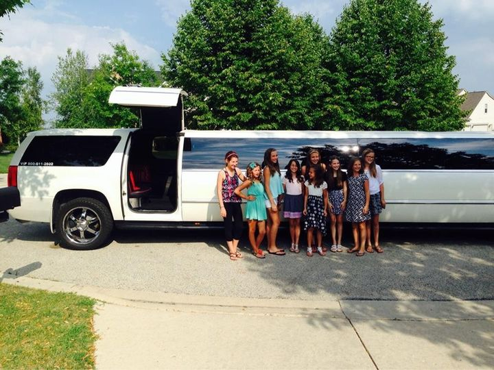 Tmx 1418064875118 104101327297712537255716909165110417235984n Chicago wedding transportation