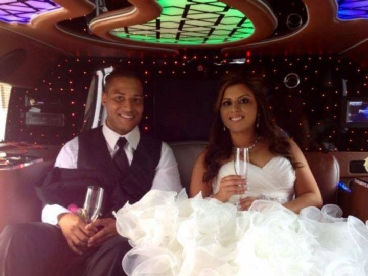 Tmx 1418065776749 105168877146765352350434881752410499857185n Chicago wedding transportation
