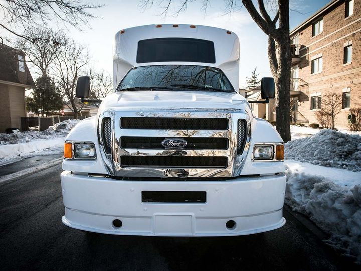 Tmx 1424119799783 Vip 37 Chicago wedding transportation