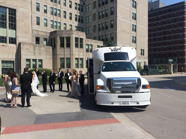 Tmx 35475599 1813962208639798 988493569352269824 N 51 595544 157928127126851 Chicago wedding transportation