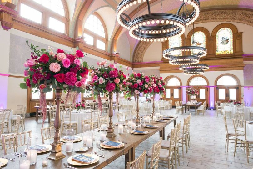 Tall table decors