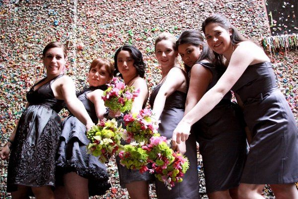 Green and pink bridesmaid bouquets