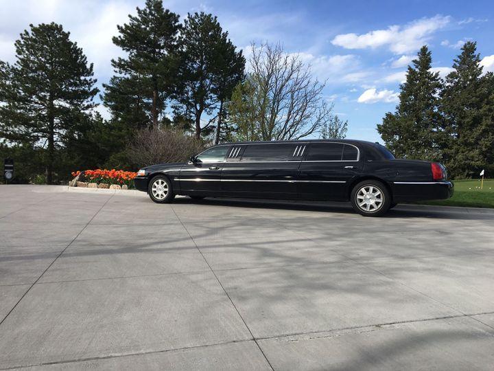 Tmx 1531950531 Ebdf48176a2401f8 1531950529 E55e5f7614cac211 1531950610967 3 IMG 4115 Denver, Colorado wedding transportation