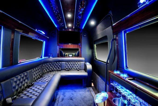 Tmx 1531950589 393def326b04fd59 1531950588 59be65292d93a7ad 1531950672507 6 Sprinter Limousine Denver, Colorado wedding transportation