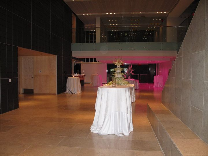 Atrium set for reception