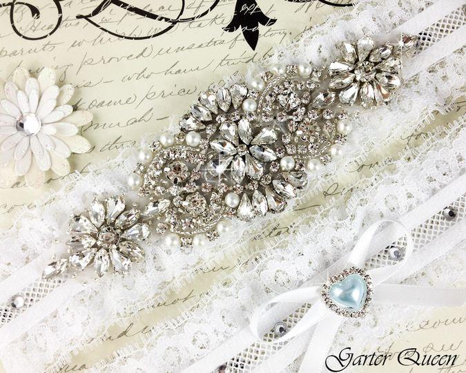 bridal garter wedding garter set ctretch lace crystal applique garterqueen 3