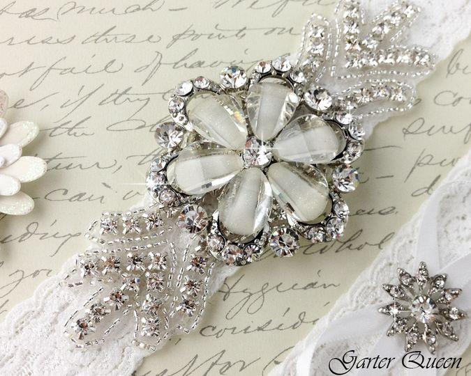bridal garter wedding garter set white lace garterqueen 3