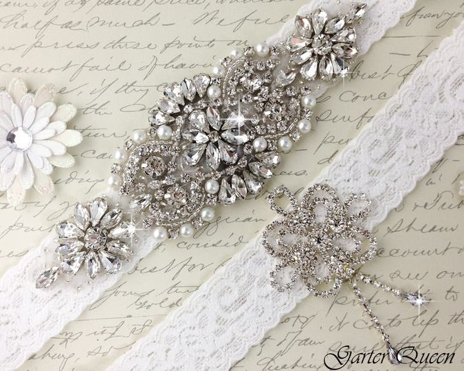 bridal garter wedding garter set white lace garterqueen 5