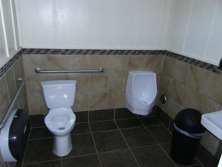 Tmx 1351009039931 Insidebathroom North Plains, OR wedding venue