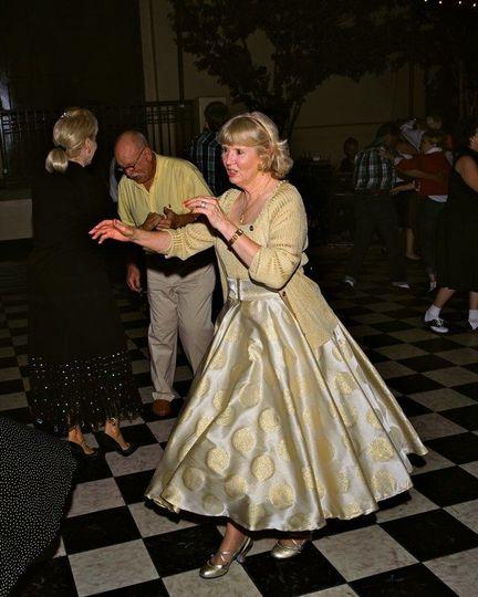 Oldies dancing