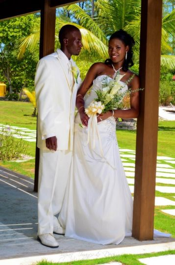 1a444fe2c084e4a1 wedding3