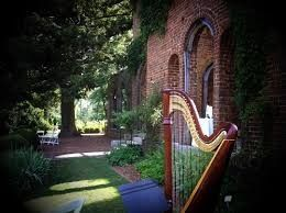 harp in courtyard