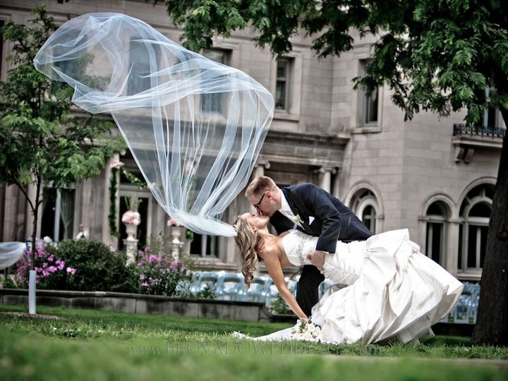 Tmx 1438020378678 20100801125719 Burnsville wedding dress
