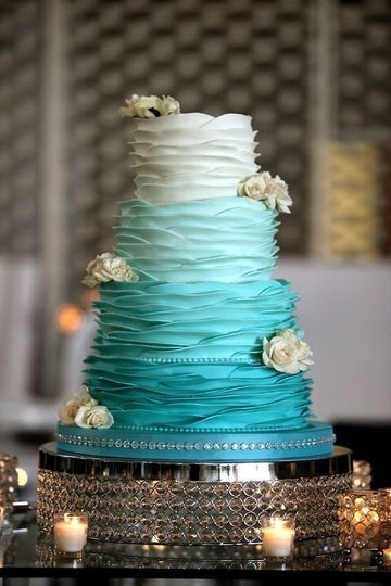 Ombre wedding cake.