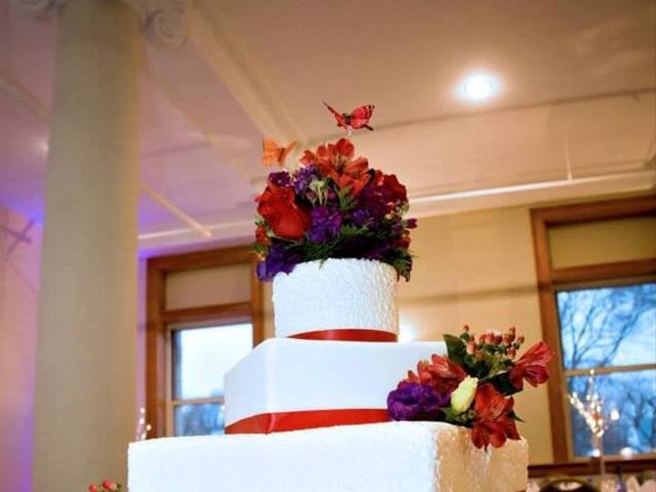 Tmx 1391544053739 1545006101537271664300321902961057n  Kansas City wedding cake
