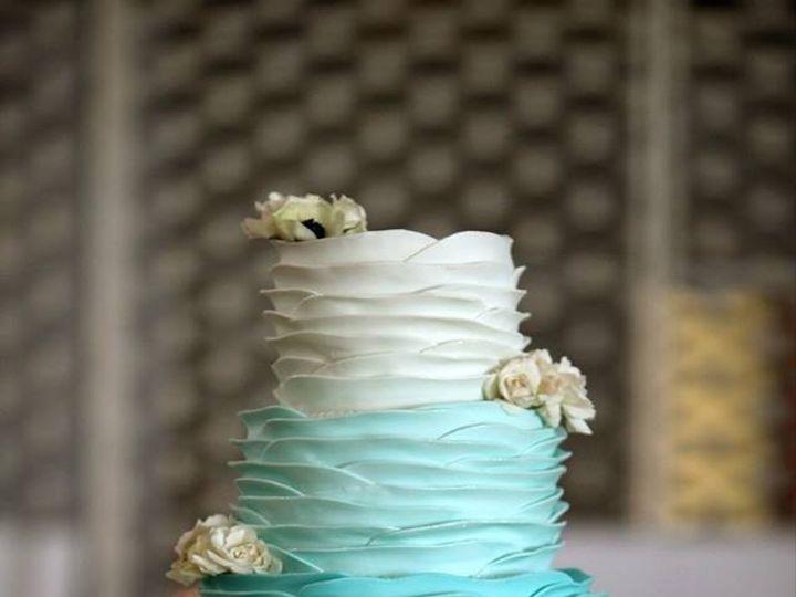 Tmx 1395630146038 1924865101539542844600321423040834 Kansas City wedding cake