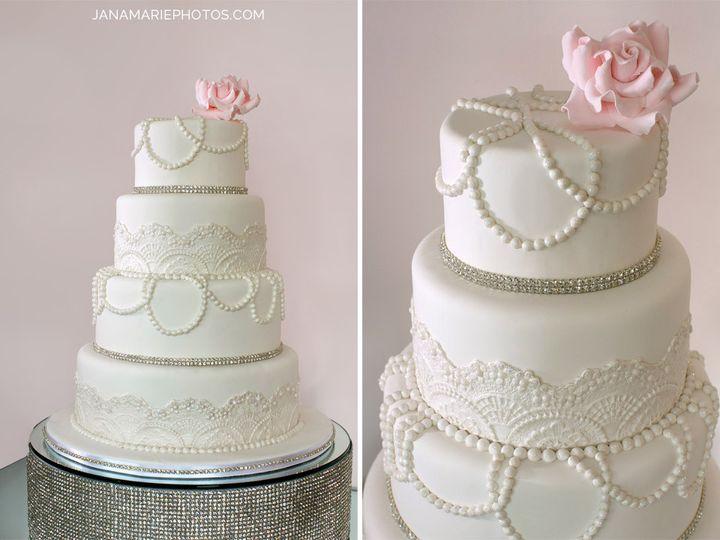 Tmx 1395979259180 Bakedexpressions Kc Cakes 010  3144441690  Kansas City wedding cake