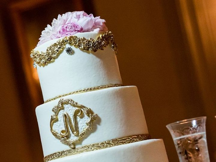 Tmx 1398653261315 1860c6b7ef27b016d60b5dbde48b843 Kansas City wedding cake