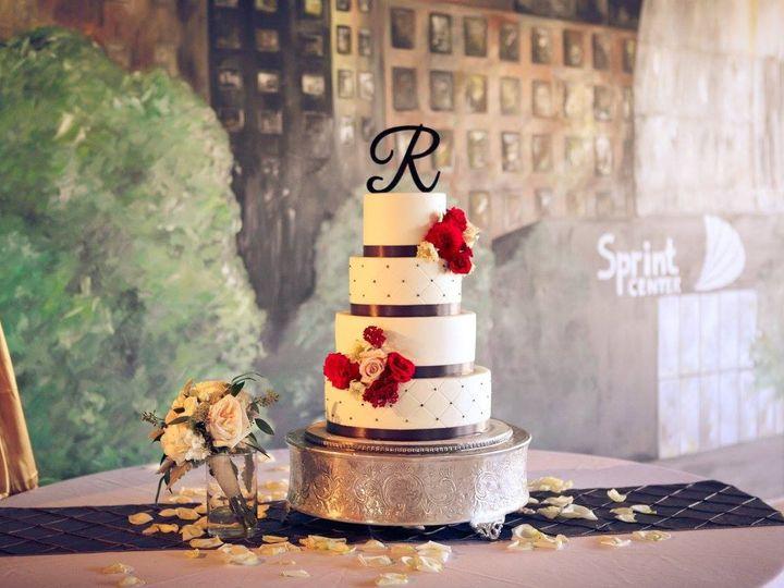Tmx 1452548568177 12002394101560771899956088095088523652589024o Kansas City wedding cake