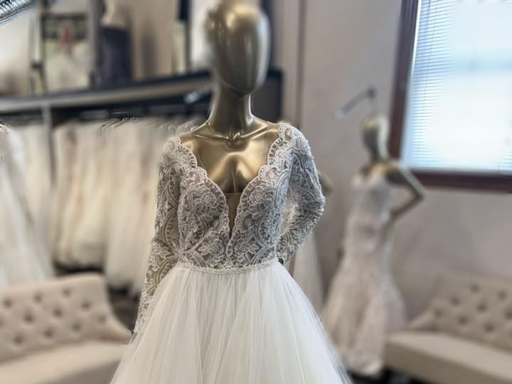 Tmx 52426902 2559693160725155 7110179974681722880 N 51 600844 Bismarck, ND wedding dress