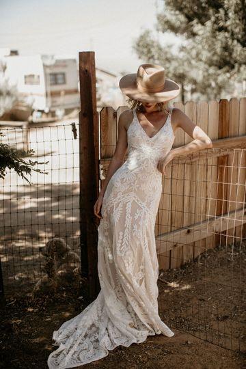 Stella Lace Wedding Dress