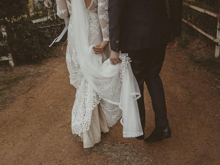 Tmx Bride Clare In Cindy Veil 51 690844 160412021715836 Venice, CA wedding dress
