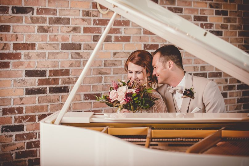 earthy stylized wedding at the grand view 37 of 56