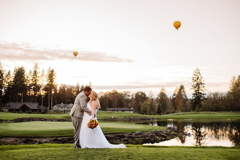 bride groom with golf course view 51 761844 1572472136