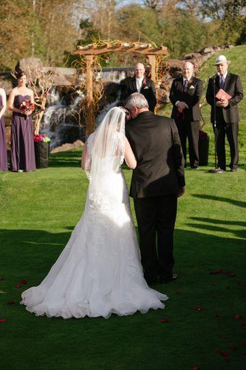 Father & Bride walk down aisle
