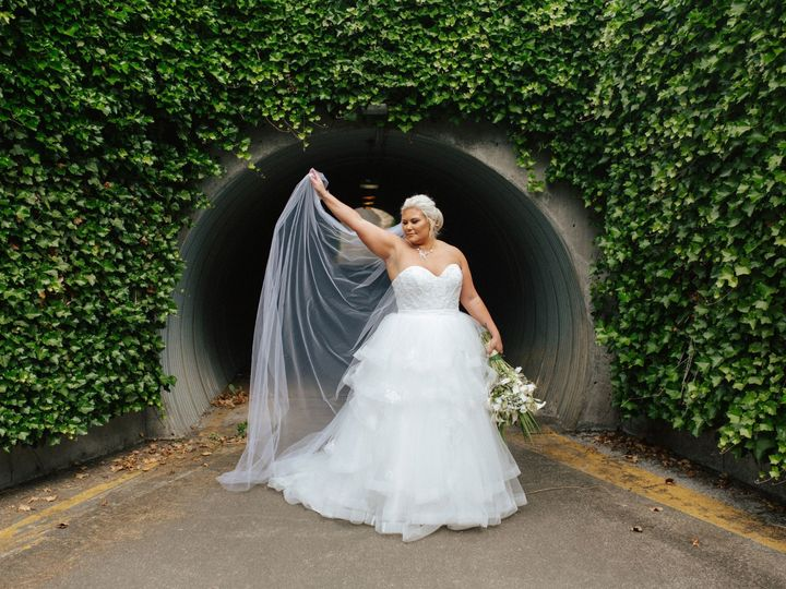 Tmx Bride In The Tunnel 51 761844 1572553010 Snohomish, WA wedding venue