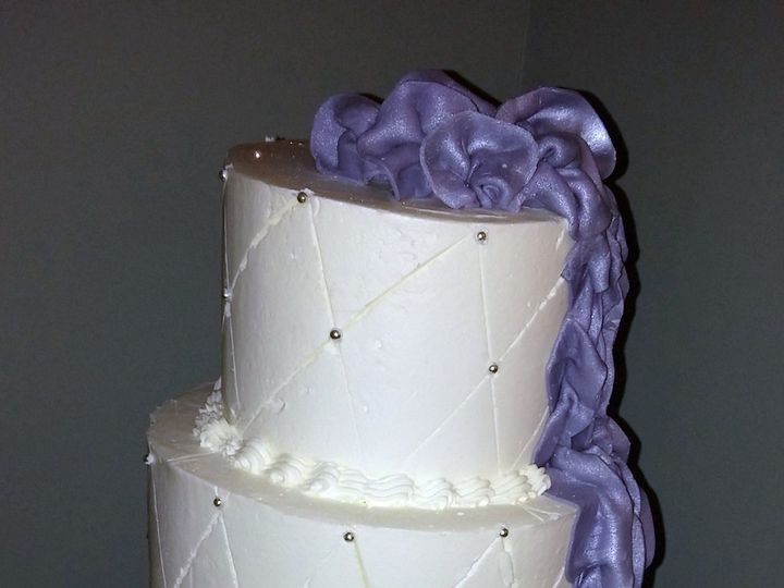 Tmx 1453171899469 Averie  Gerald Wedding Cake 1 1 14 Brooklyn wedding cake