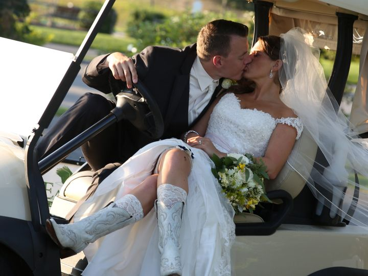 Tmx Kissing Golf Cart 51 2844 1556894589 Lakewood, NJ wedding venue