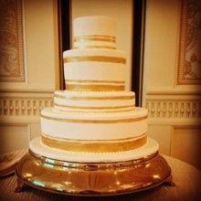 Tmx 1522168946 16fb0c663dca9879 1522168945 9ad6c4bf4d724d1d 1522168945885 8 Tpb53 Topsfield, MA wedding cake
