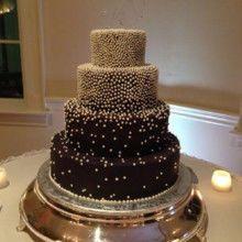 Tmx 1522168946 3d655fbe81c8f3a1 1522168945 Dd7d14174037dad0 1522168945888 10 Tpb55 Topsfield, MA wedding cake