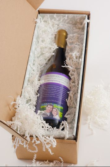 Custom gift boxes - your gift arrives safely and in a beautiful package!