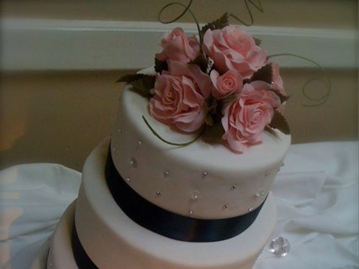 Tmx 1321737806856 WeddingCake Pennsburg wedding cake