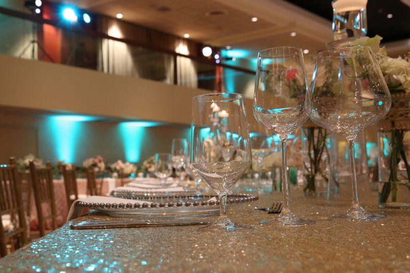 800x800 1466453370852 hyatt regency columbus regency ballroom wedding 2.