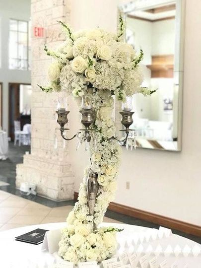 Tower of blooming flowers