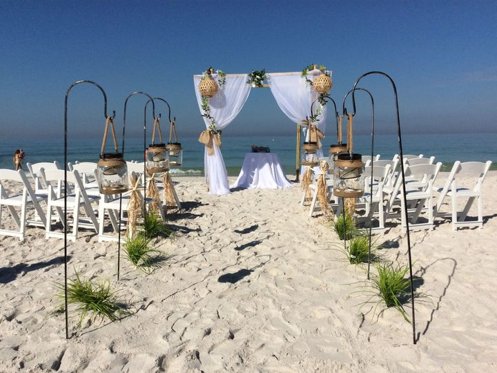 Tmx 1525181144 B9226250114a7a10 1525181142 4a967f81b6c82787 1525184723399 5 Image4 Pinellas Park wedding planner